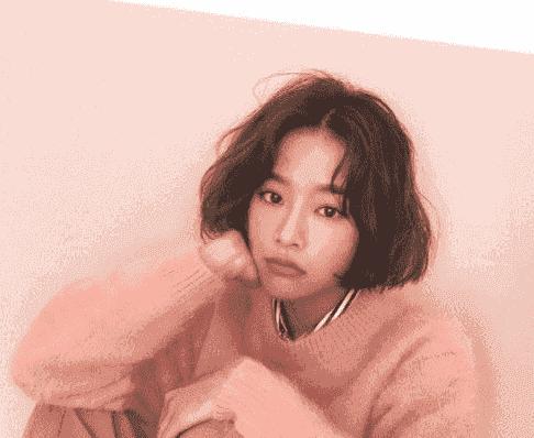 2017韩式微卷发短发 好看的女生头发微卷短发发型