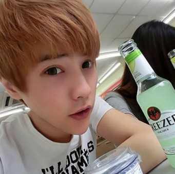 齐眉刘海发型男 男生齐刘海发型图片图片