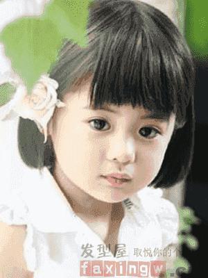 小女孩短发可爱发型 小女孩的短发发型