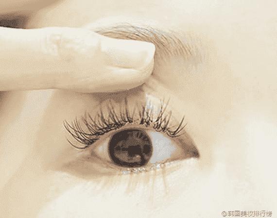 眼睛圆适合画那种眼线 什么样的眼型适合哪种眼线